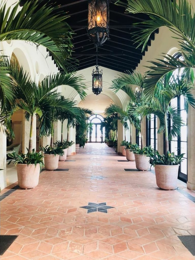 The Chic List: The Spa at the Four Seasons at the Surf Club 3