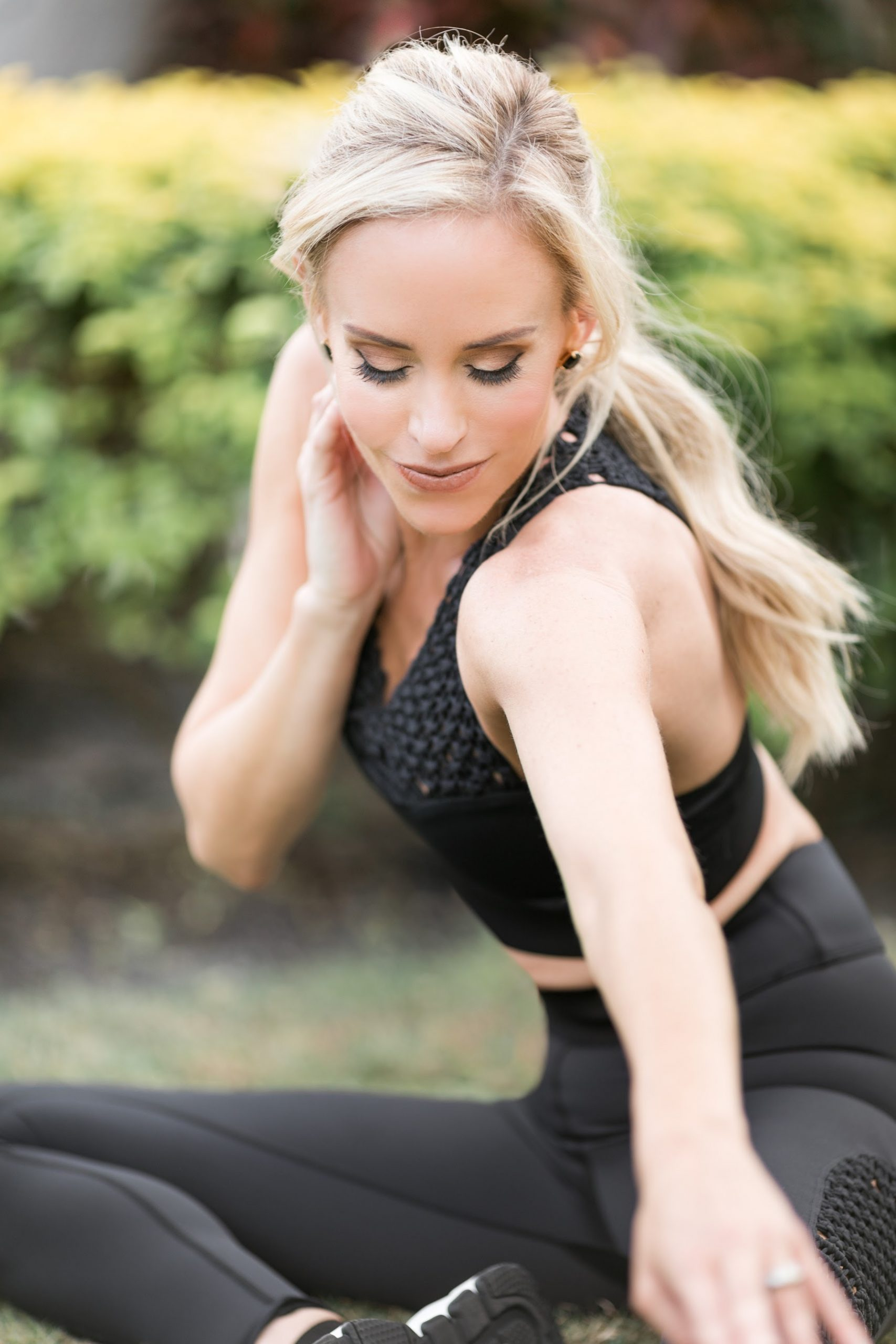"""Look, you have to do a few """"real"""" workouts each week to get and stay in shape – that's for sure. But in-between sessions, you can keep your body feeling engaged and alive and show it some appreciation by adding in micro-fitness."""